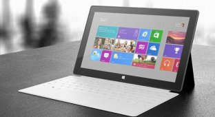 Стив Баллмер: Microsoft выпустила планшет Surface из-за Apple