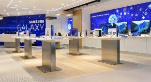 Ведущий дизайнер магазинов Apple Store стал вице-президентом Samsung