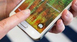 Хакеры взломали сканер отпечатков Samsung Galaxy S5 [видео]