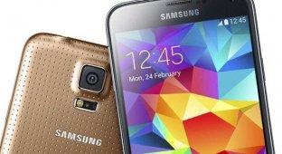 Samsung Galaxy S5 оказался популярнее Galaxy S4