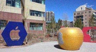 Образ Стива Джобса на улицах китайского Ордоса