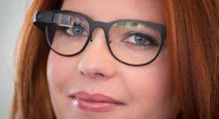 Google Glass теперь позволяют читать SMS-сообщения с iPhone