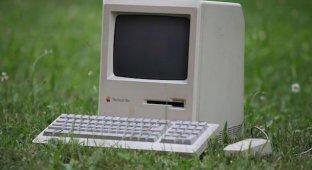 Видеоэксперимент: как работает Macintosh Plus 1986 г.в. в Интернете